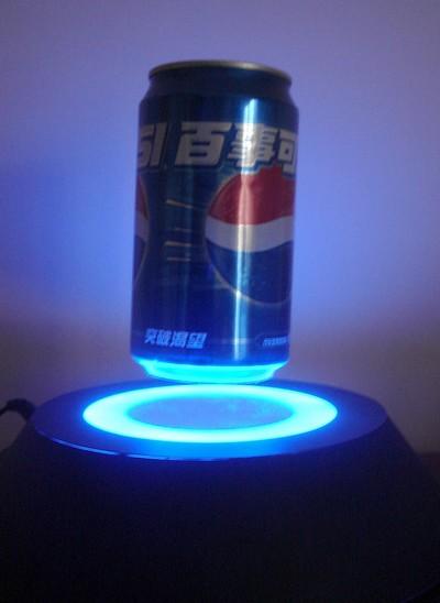 présentoir de magasin - présentoir à lévitation simple embase magnétique éclairée par led faisant flotter une canette
